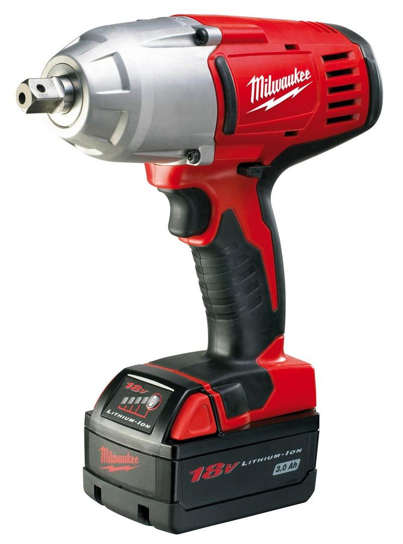 Milwaukee HD18HIW32 Heavy Duty Cordless Impact Wrench 18v