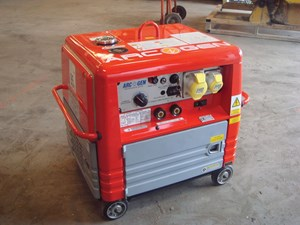Welder / Generator Silenced Petrol 165a