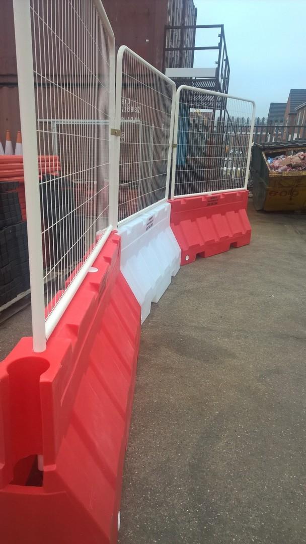 2m Universal Barrier Mesh