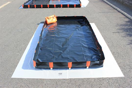 Fastank Bund 2.5x3m