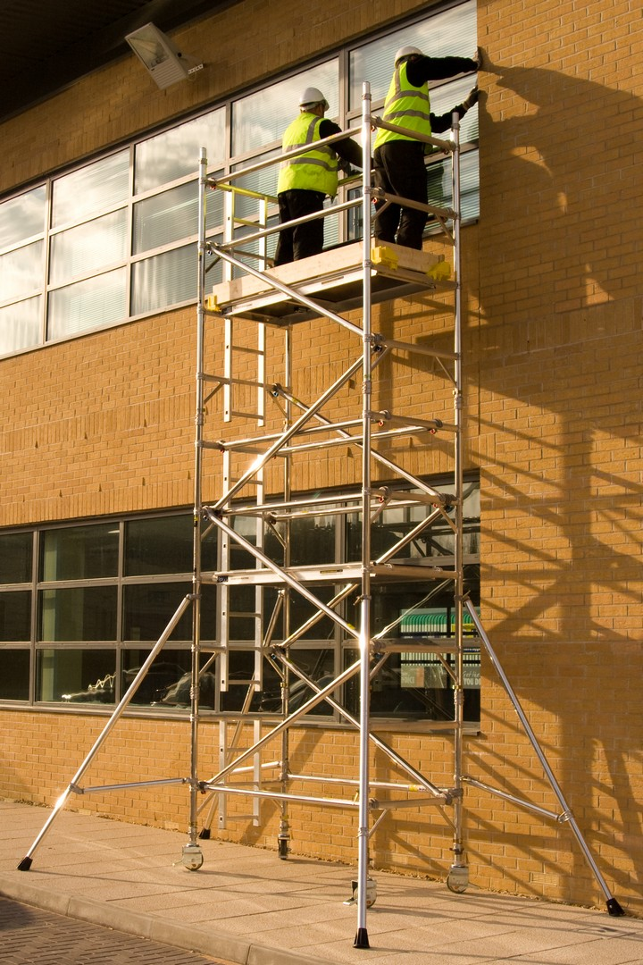 BoSS Narrow 1.8m Tower 7.3m Handrail Height
