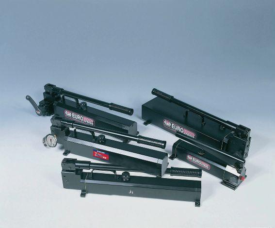 Hydraulic Hand Pump 2 Speed 3.8 Ltr 700Bar