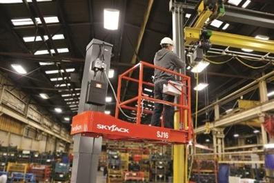 Skyjack Sj16 6.58m Mast Lift Swl 227kg Capacity