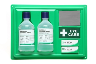 Eye Wash Station Wall Mounting C/W Mirror & 2 X Eye Wash